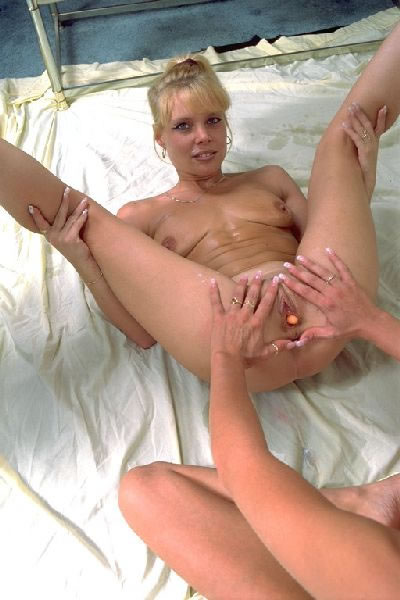 Daughter Caught by Mom Rubbing Her Tight Pussy: